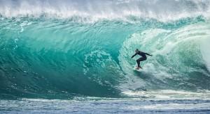 wave-1246560_640